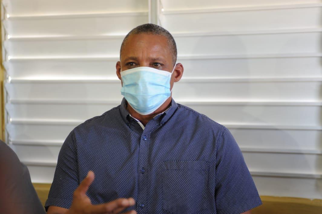 Alcalde Jesús Jerez proveerá de desayuno y almuerzo a empleados del ayuntamiento