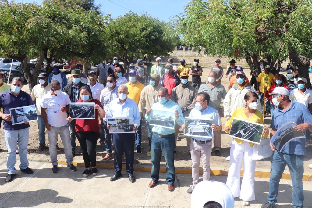 Alcalde Jesús Jerez: deja iniciados trabajos construcción Bulevar Entrada a Montecristi .