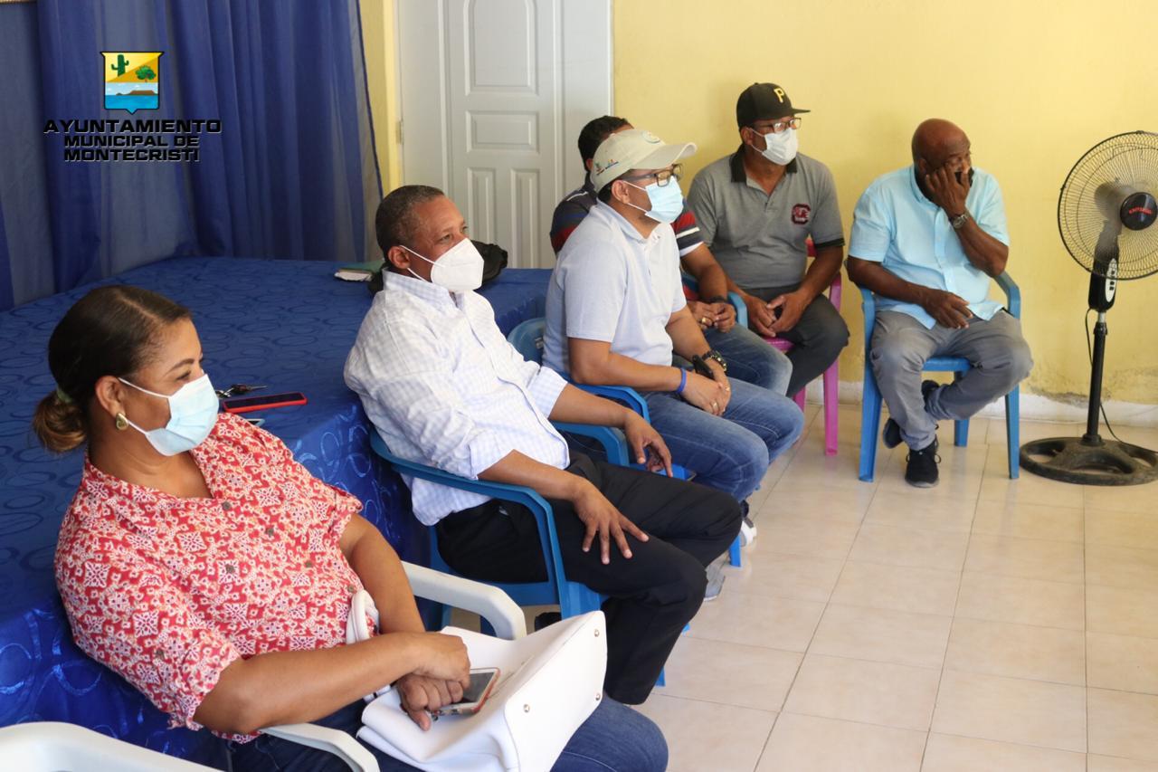 Alcalde Jesús Jerez se une a trabajar junto a los dueños de hoteles y el sector turístico